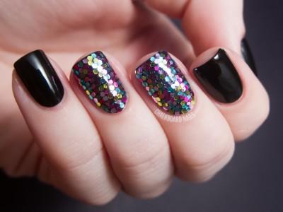 black-Glitter-Nail-Design[1]