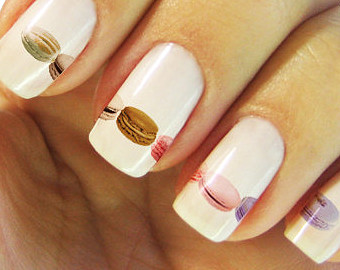 hand paint nails